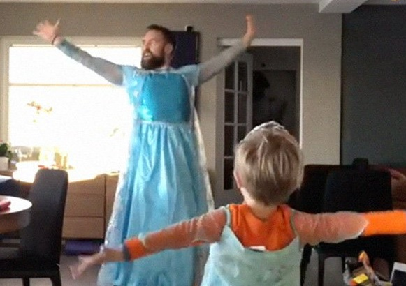 """Watch: When his son wanted to dance to """"Frozen"""" songs, this dad put on an Elsa costume and danced with him."""